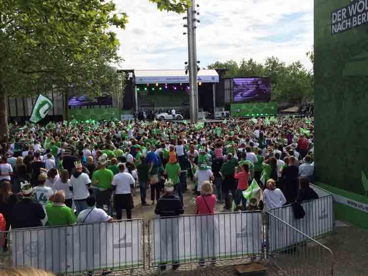 Rathaus Wolfsburg feiert den VfL Wolfsburg