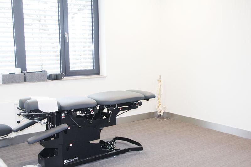 Chiropraktor Siena Rauskolb behandelt Sehnen, Bänder, Gelenke