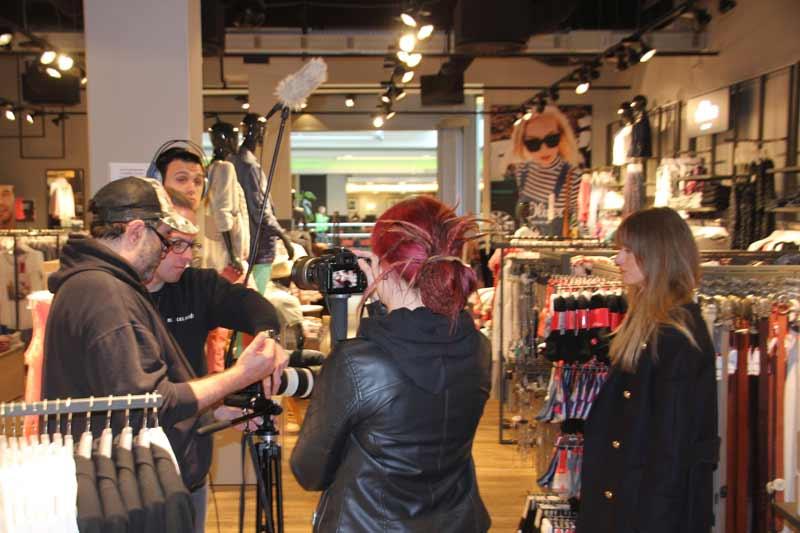 Das Team von filmPUNKTton bei Dreh mit Livia Auer