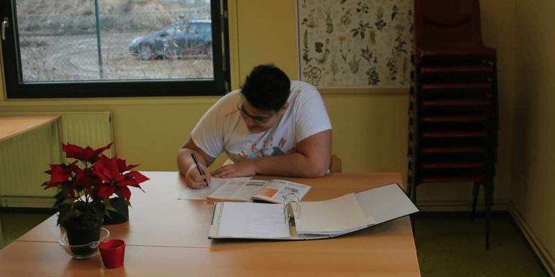 15 Schüler lernen es in Schulwerkstatt wieder, in den Schulalltag zurückzufinden.