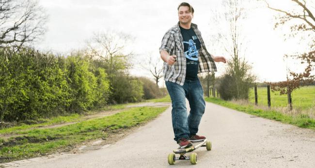 Sascha Matizza hat das Hornetboard erfunden