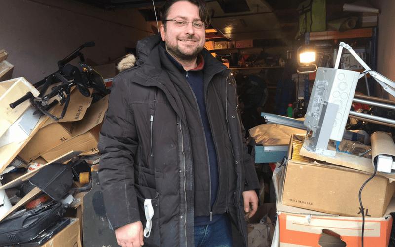Sascha Matizza baut Boards mit Elektromotor und nennt sie Hornetboards