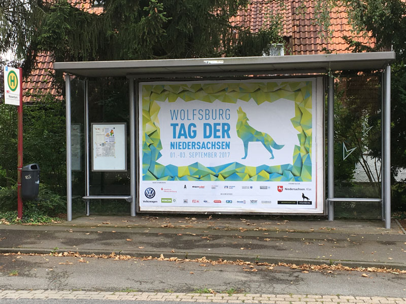 Tag-der-Niedersachsen Plakat in Wolfsburg