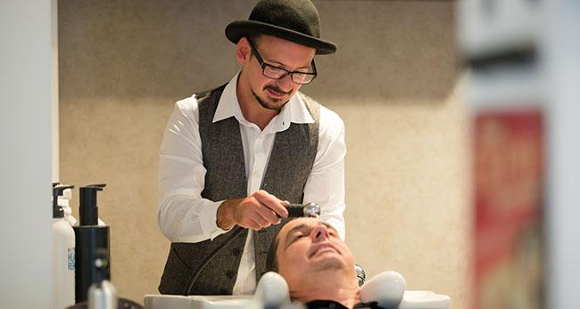 Patrizio Stazzone vom Joes Barber Gentlemens Lounge