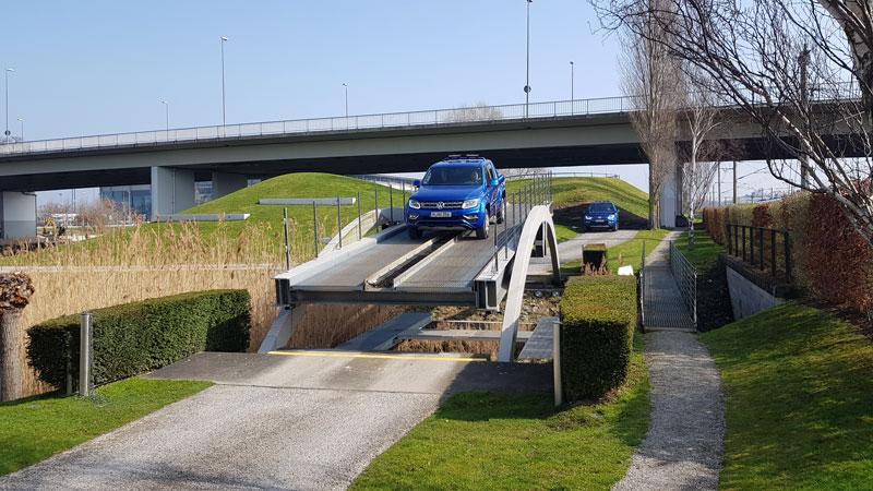 Offroad-Fahrt in der Autostadt Wolfsburg / Foto: FLOW WOLF