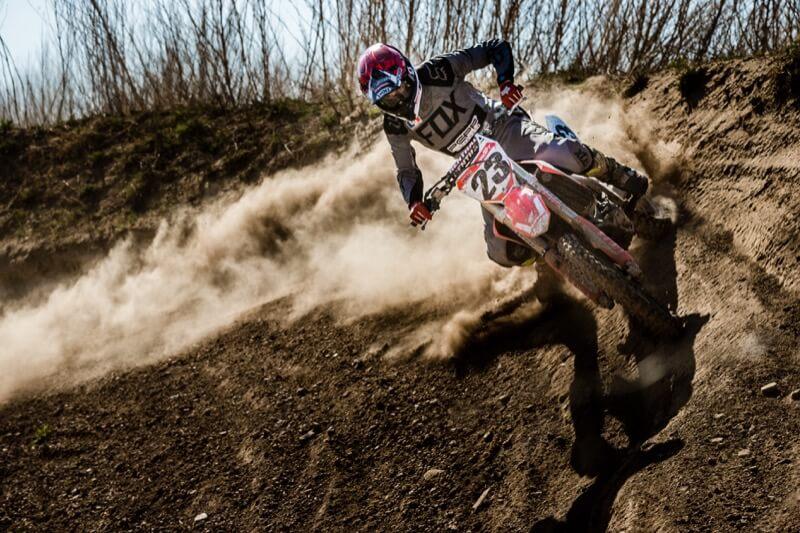 Moto-Cross als Ausgleich zum Alltag / Foto: Christian Heilwagen