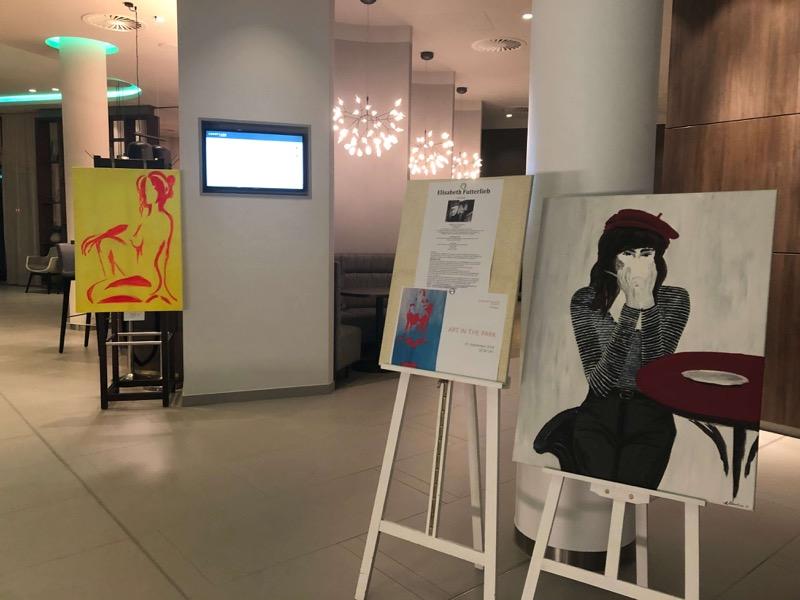 Hier kündigt sich eine vielseitige Kunstausstellung an / Foto: FLOW WOLF