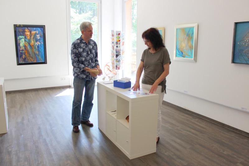 Neben unterschiedlichen Kurse gibt es auch Platz für die eigenen Ausstellungen / Foto: FLOW WOLF