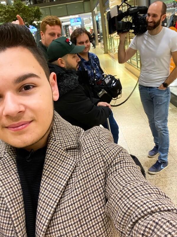 Zwischendurch gibt es immer wieder Zeit für ein Selfie / Foto: Enrico Elia