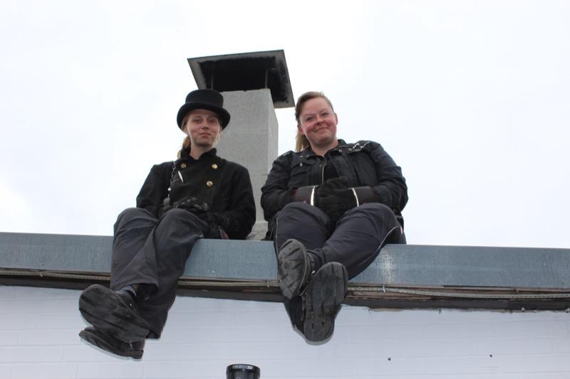 Zwei Schornsteinfegerinnen / Foto: FLOW WOLF