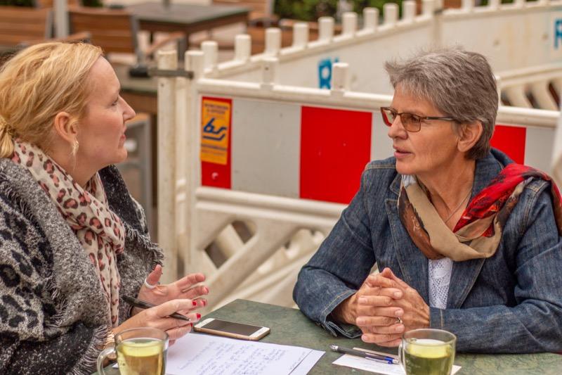 Marie-Luise Kelting erzählt über die Soroptimisten. / Foto: Andreas Bräunlich