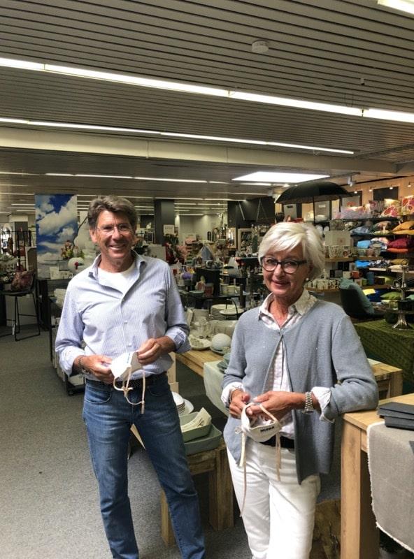 Christian Kluge und Karin Hohls-Kluge im Kaufhaus